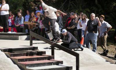 Ryan Sheckler rockt den Skatepark.
